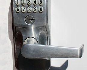Combination_Door_lock-1929089__340