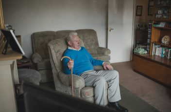 calling tree, supporting the elderly, neighbourhood watch